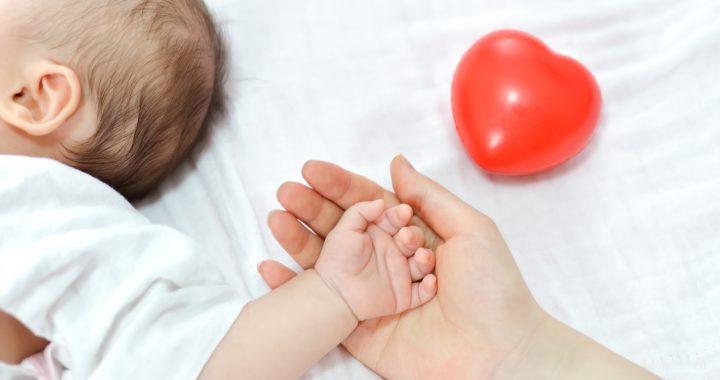 Jakie kosmetyki będą najlepsze dla noworodka? 7 niezbędnych produktów
